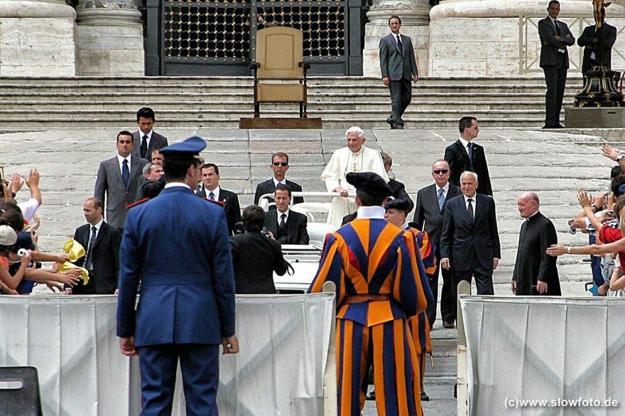 Bischof von Rom geht...