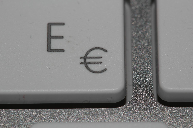 EF-S 60mm macro