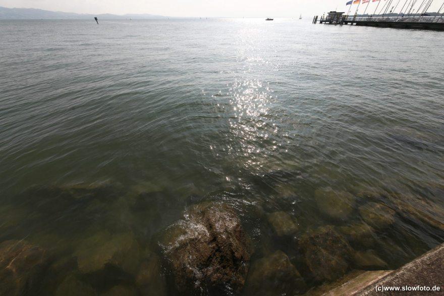 mit Aussicht auf das schweizer Ufer