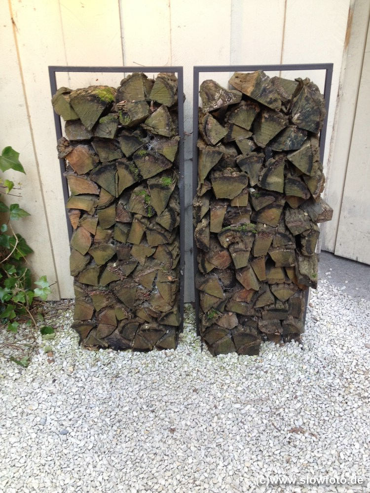 Brennholzständer für draußen