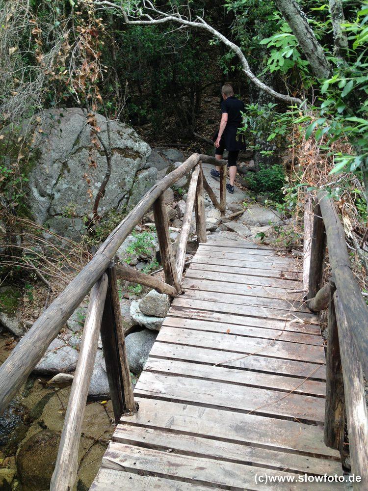 und Brücken