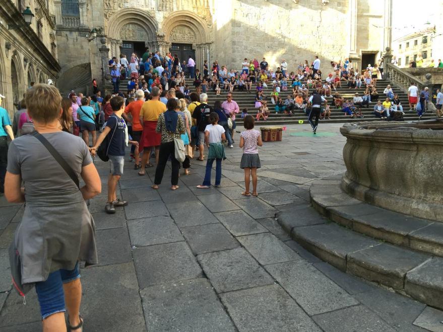 Tourist an der Kathedrale ohne Einlass