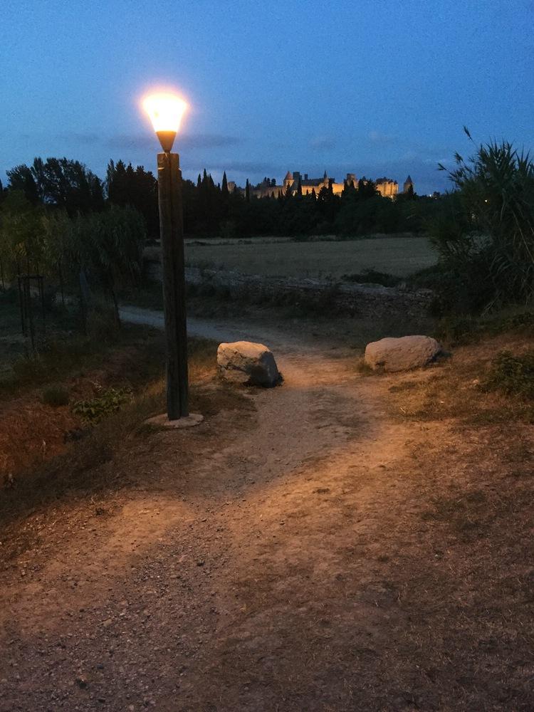 die Festung bei Nacht